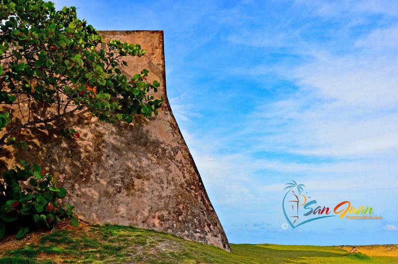 Bateria El Escambron - San Juan, Puerto Rico