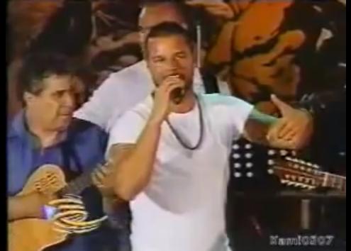 "Ricky Martin rocking a ""plena"" at San Sebastian Festival"