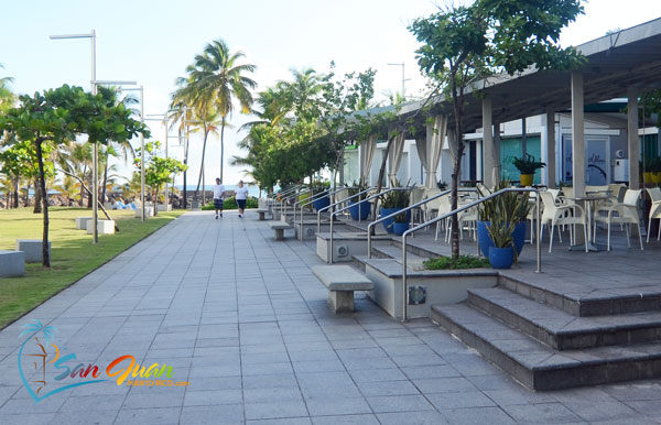 Let time pass while you enjoy great food and company at a cafe at Ventana al Mar, Condado