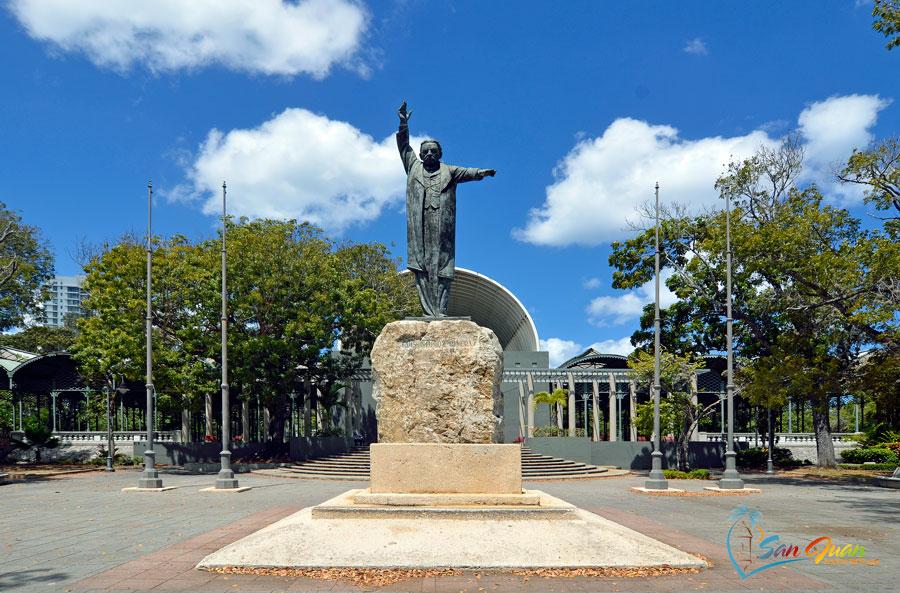Luis Munoz Rivera Park Statue in San Juan