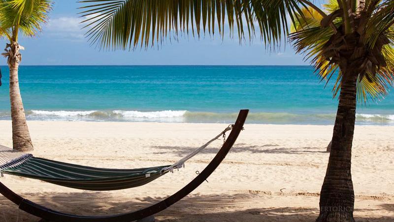 Beachfront resort - Isla Verde, Puerto Rico