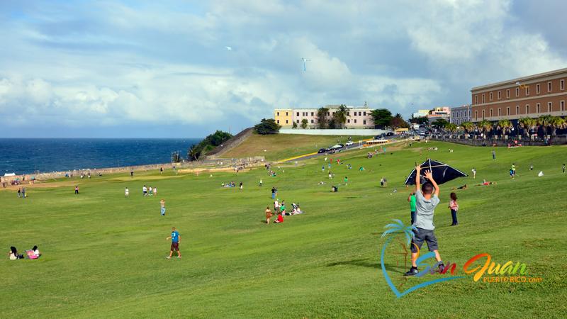 Fly a Kite - Old San Juan Walking Tour
