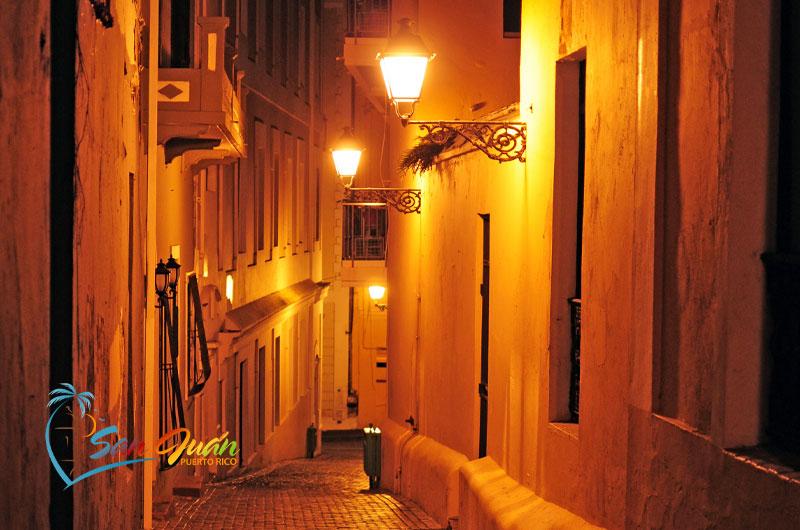 Nightlife in San Juan, Puerto Rico - Old San Juan